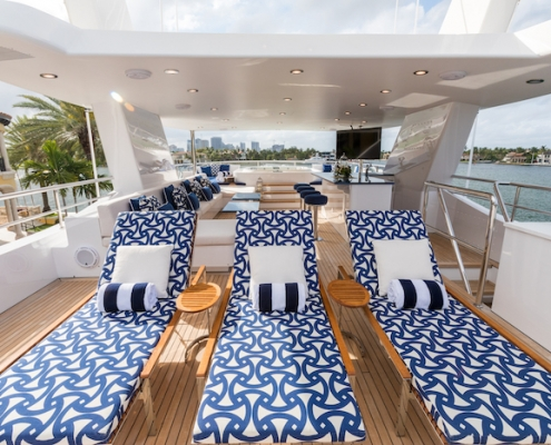 Tanzanite Flybridge Sun Deck Longer After - Innovative Creations
